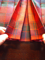 Lady Chrystel kilts from France Robertson red detail de double box
